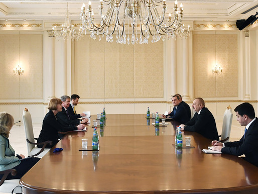 Aliyev, İngiliz bürokratları kabul etti
