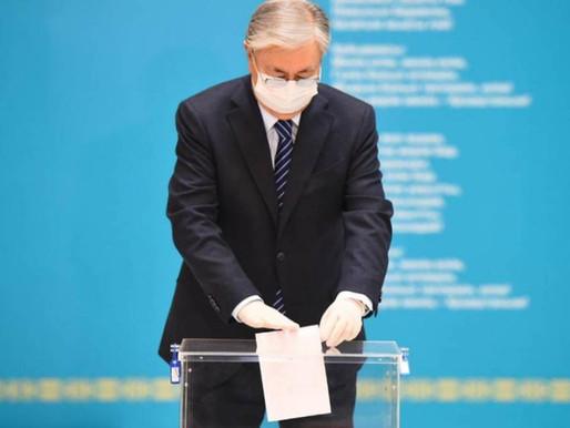 Kazakistan'da Seçim Başladı