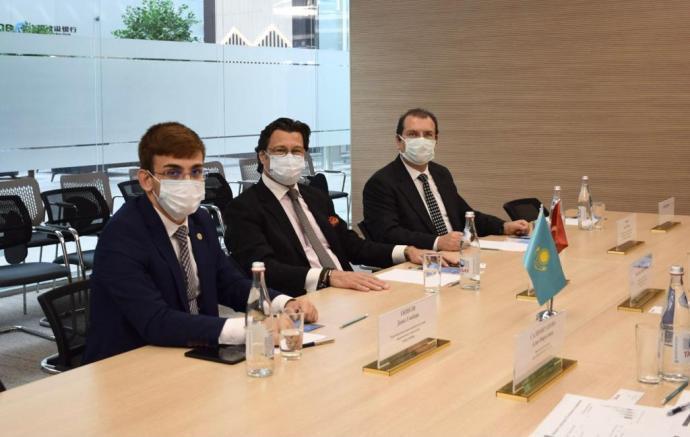 Şınlak Holding ve Kazakistan iş görüşmeleri