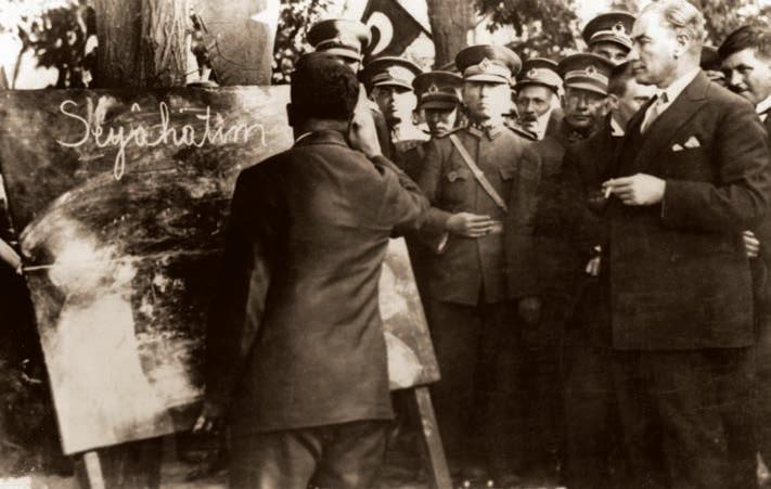 Kaynak : Genel Kurmay Başkanlığı, Atatürk Albümü