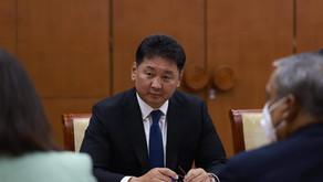 Khurelsukh, BM Mukim Koordinatörü Tapan Mishra'yı kabul etti