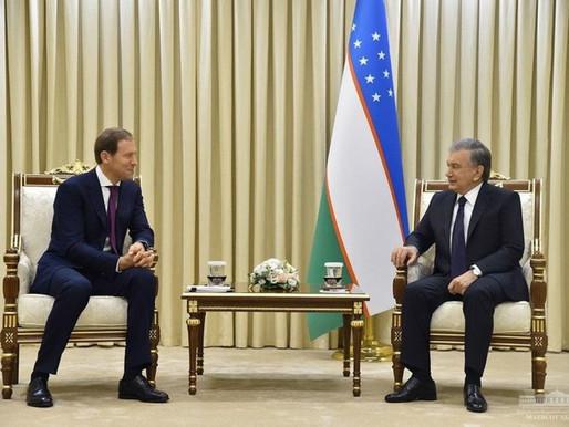 Özbekistan Cumhurbaşkanı Rus Heyetini Kabul Etti