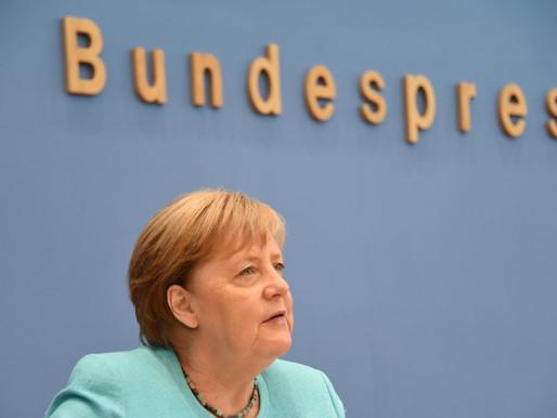 Merkel, Türkiye için övgülü ve yergili açıklama