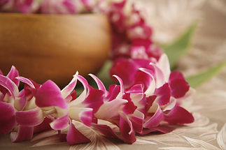 p-538-_107_single_orchid_lei_1_.jpg