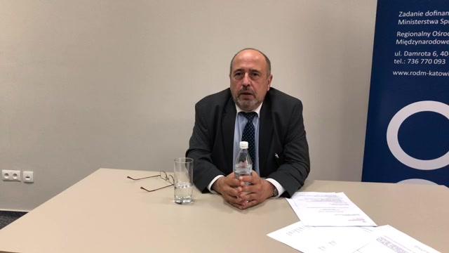 Spotkanie z JE Ambasadorem Jackiem Perlinem na temat naboru na aplikację dyplomatyczno-konsularną
