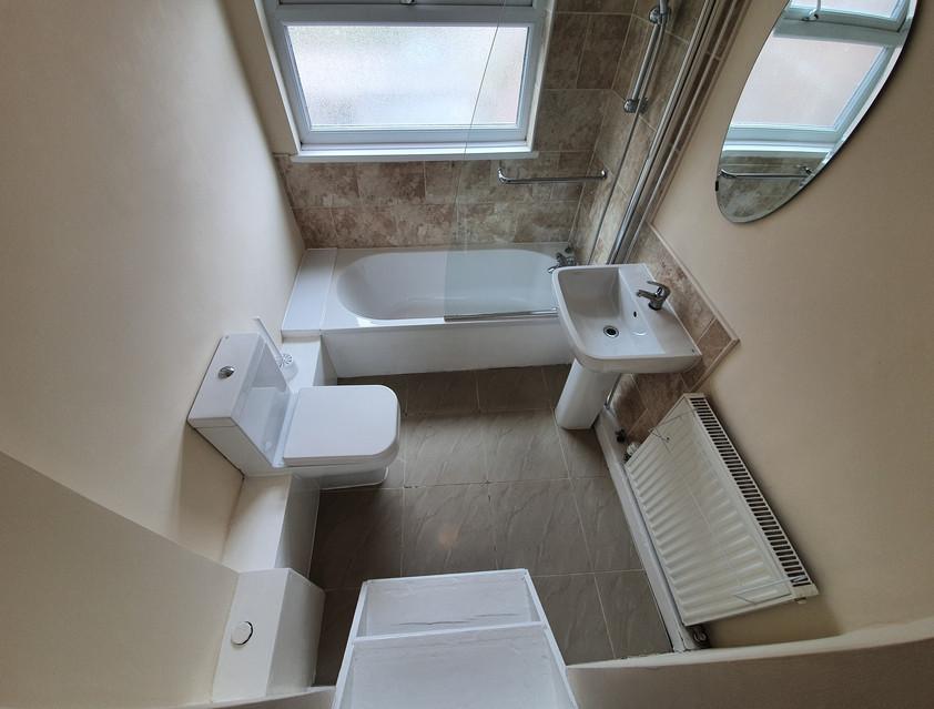 En-Suite for Room 4