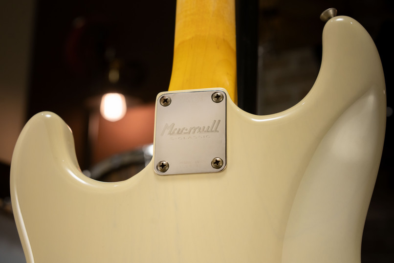 S-Classic in Vintage White