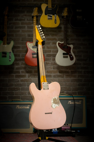 T-Classic In Vintage Pink, Relic, 3ply Mint Pickguard, Maple Neck, Natural Original Headstock