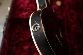 Superlight Heartbreaker P90, Relic, 5ply Black Pickguard, Blackface Original Headstock / Golden Macmull Silkscreen Logo