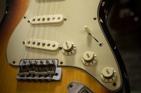 Private Stock S-Classic in Three Tone Sunburst, Relic, 3ply Mint Pickguard (Nitro Sprayed), Rosewood Fingerboard, Americana Natural Headstock