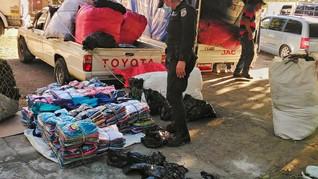 Policia Nacional Civil en accion en la aduana las chinamas.