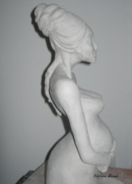 femme enceinte brute