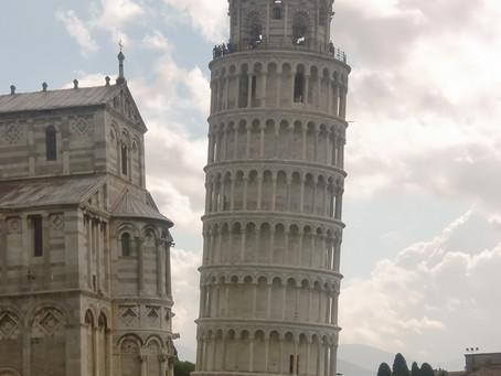 Desequilibradamente normal... como a Torre de Pisa
