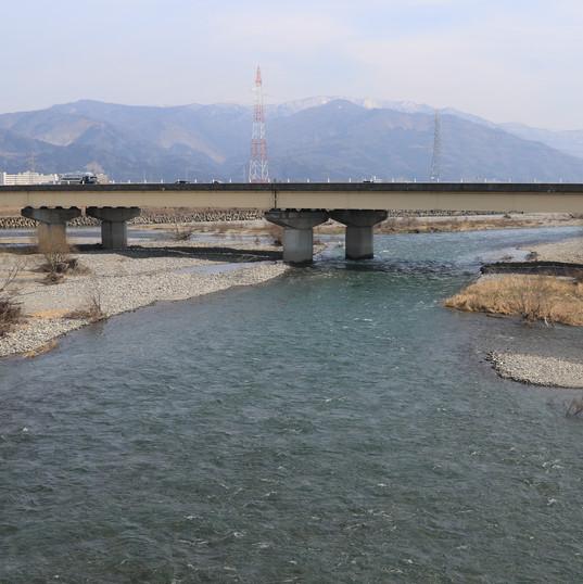 Kuzuryu gawa river runs through Fukui city