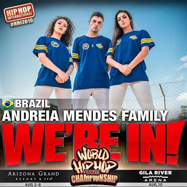 ANDREIA MENDES FAMILY- MINICREW
