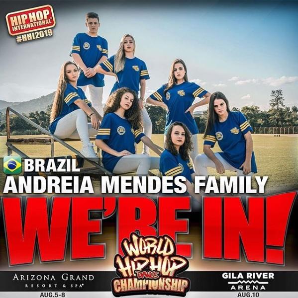 ANDREIA MENDES FAMILY- VARSITY