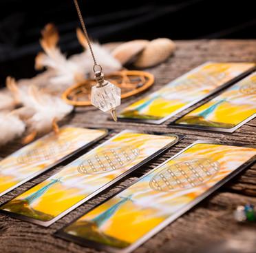 Tarot, Tea Leaves, Pendulums, OH MY‽