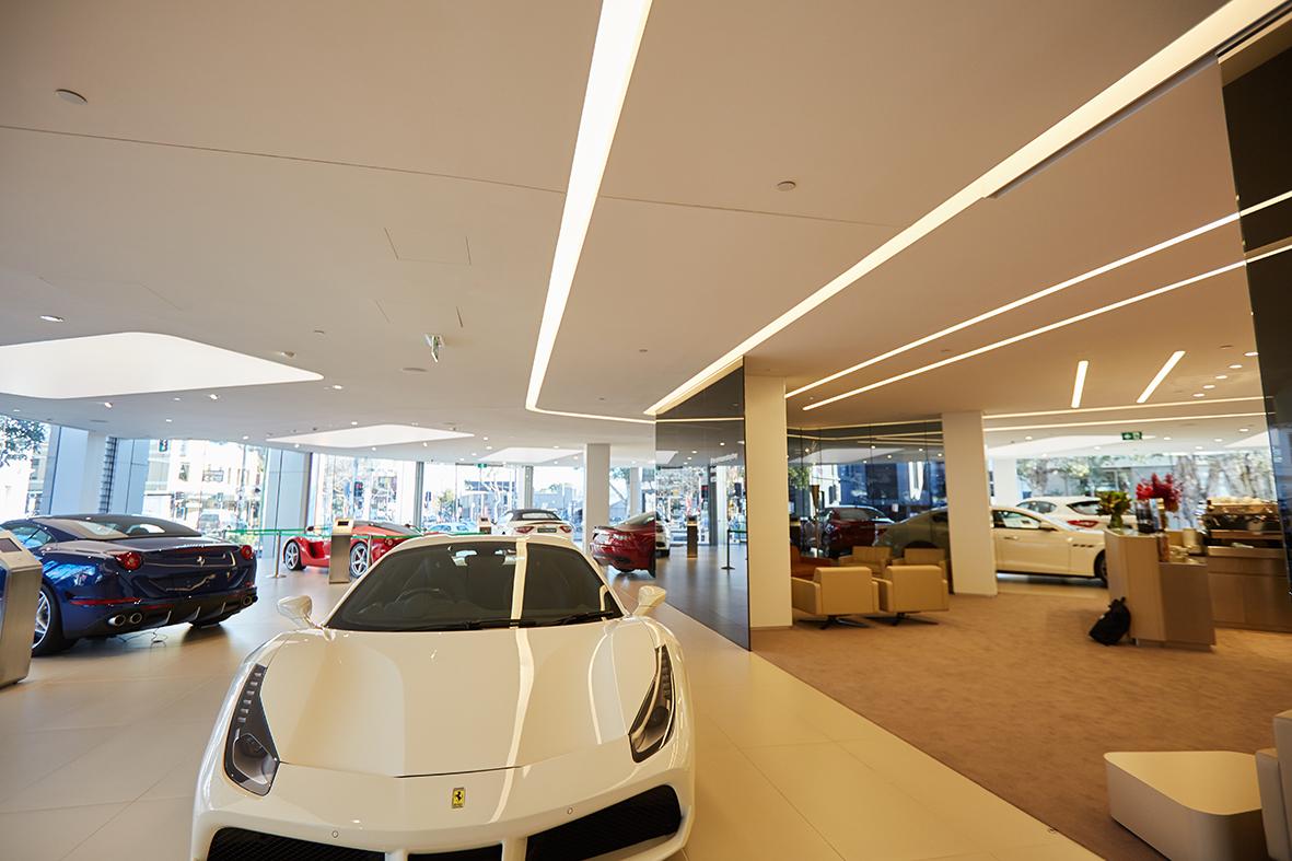 small170718_LightCulture_Ferrari_Maserati 11
