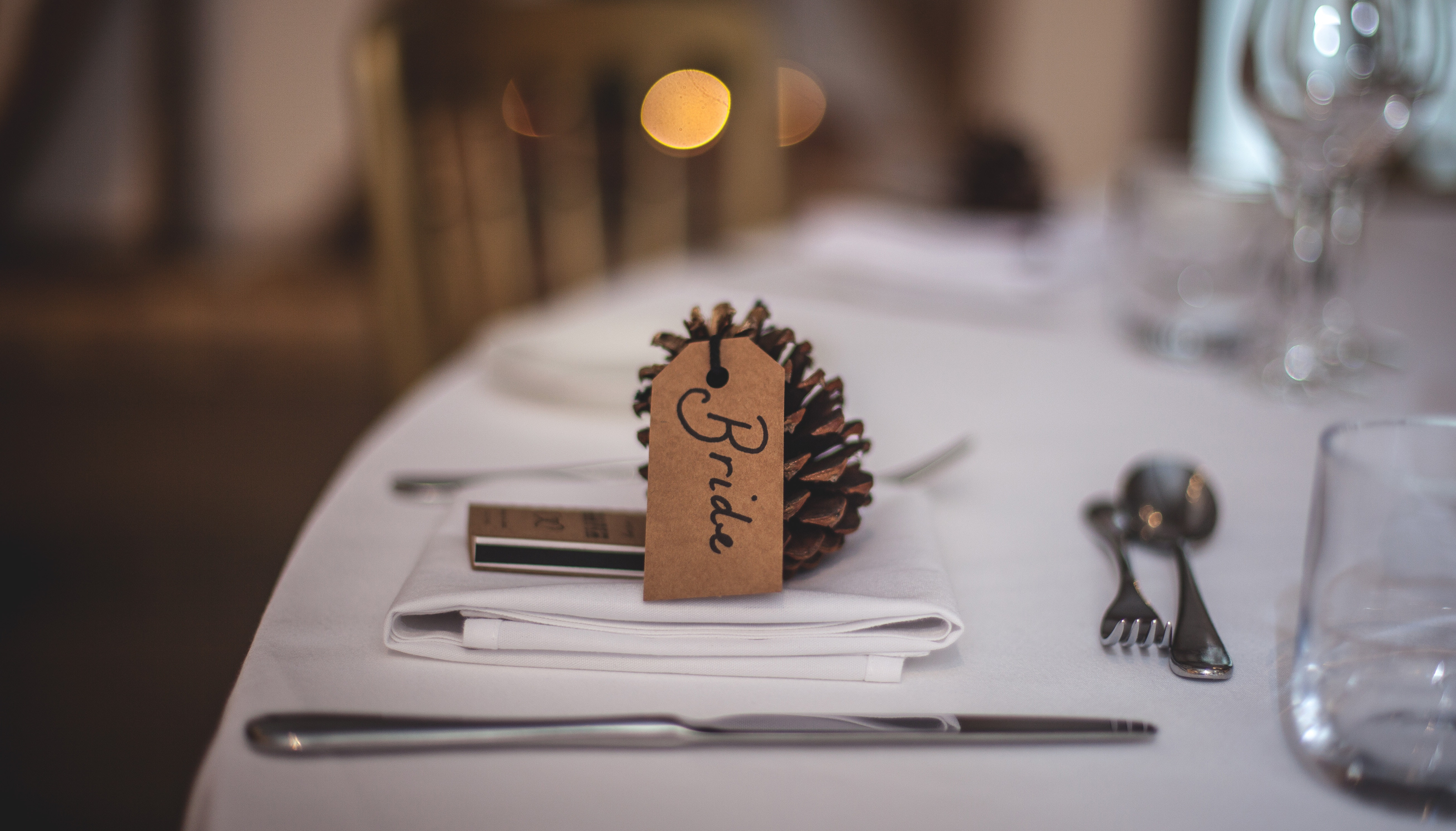 acorn-blur-cutlery-175765.jpg