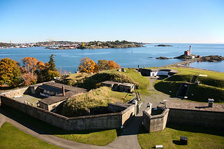 Fisgard-Lighthouse-and-Fort-Rodd-Hill-CREDIT-Parks-Canada-1.jpg