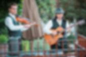 guitarist-violinist-sattui-winery.jpg