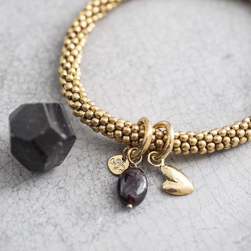 Jacky Garnet Herz Goldfarbenes Armband