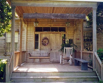MHP-Martin-Homeplace-front-porch-102