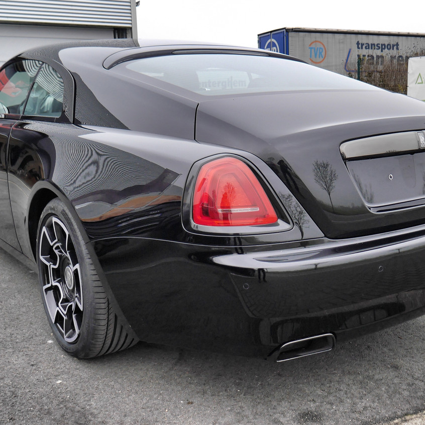 Rolls Royce Wraith Black Badge wrap