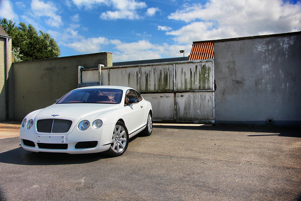 VirginWhite Bentley Continental Carwrap Chromedeleted blackedout