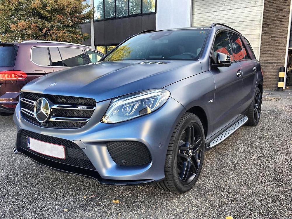 Mercedes ML Graphite Carwrap