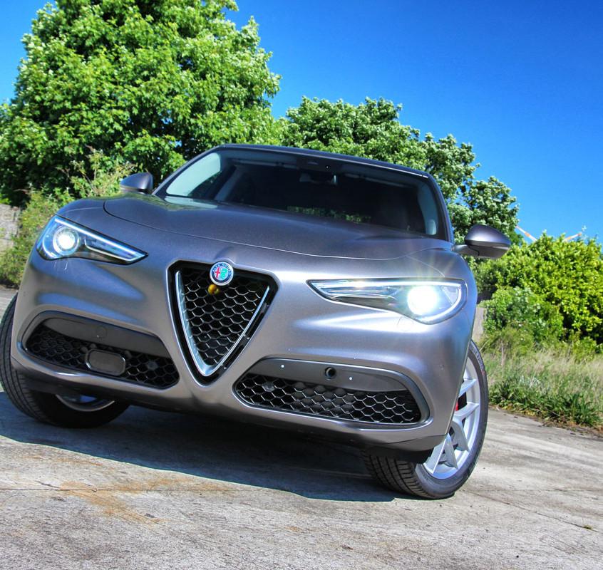 Alfa Romeo Stelvio Carwrap