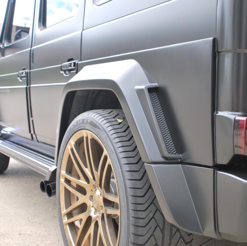 Brabus G700 Widestar carwrap