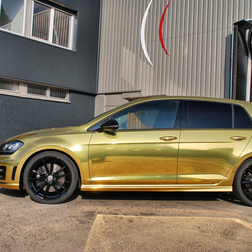 Golf R Chrome Gold carwrap