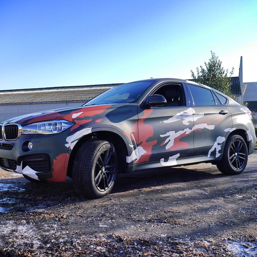 BMW X6 Camo wrap