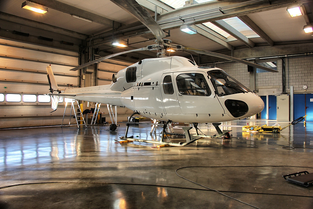 VirginWhite Helicopter AS355 wrap Chromedeleted blackedout