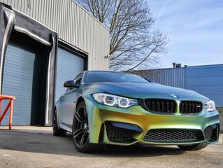 BMW M4 Colorflow Wrap