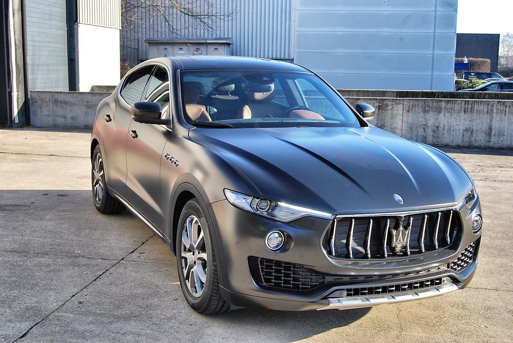 Maserati Levante Satin Black carwrap