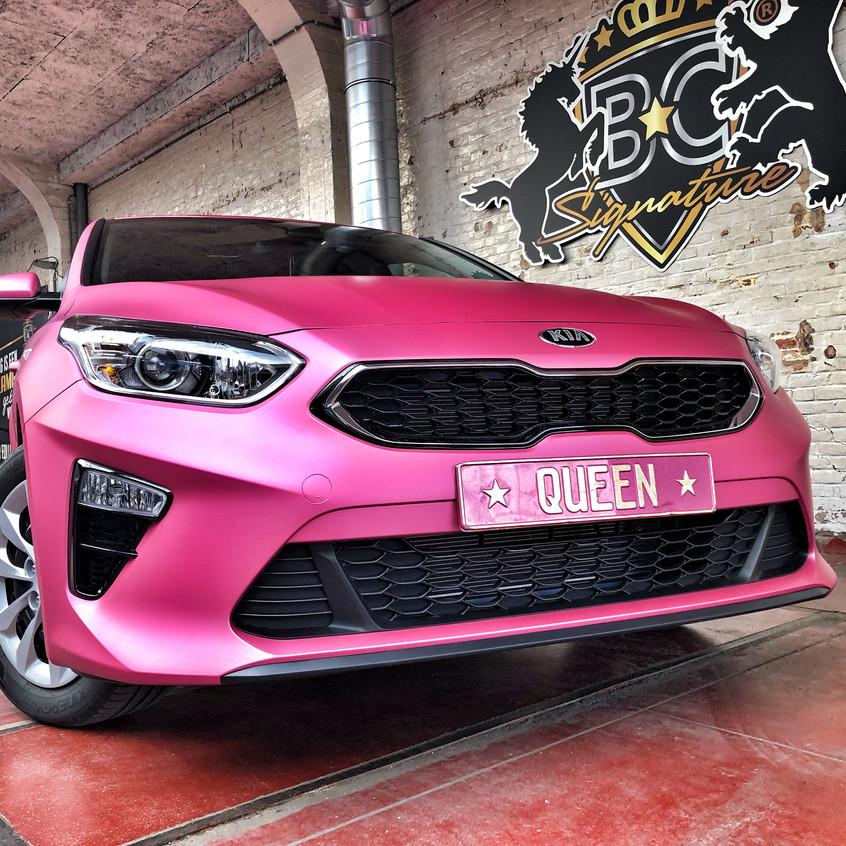 Kia Ceed Pink Metallic Wrap Roze