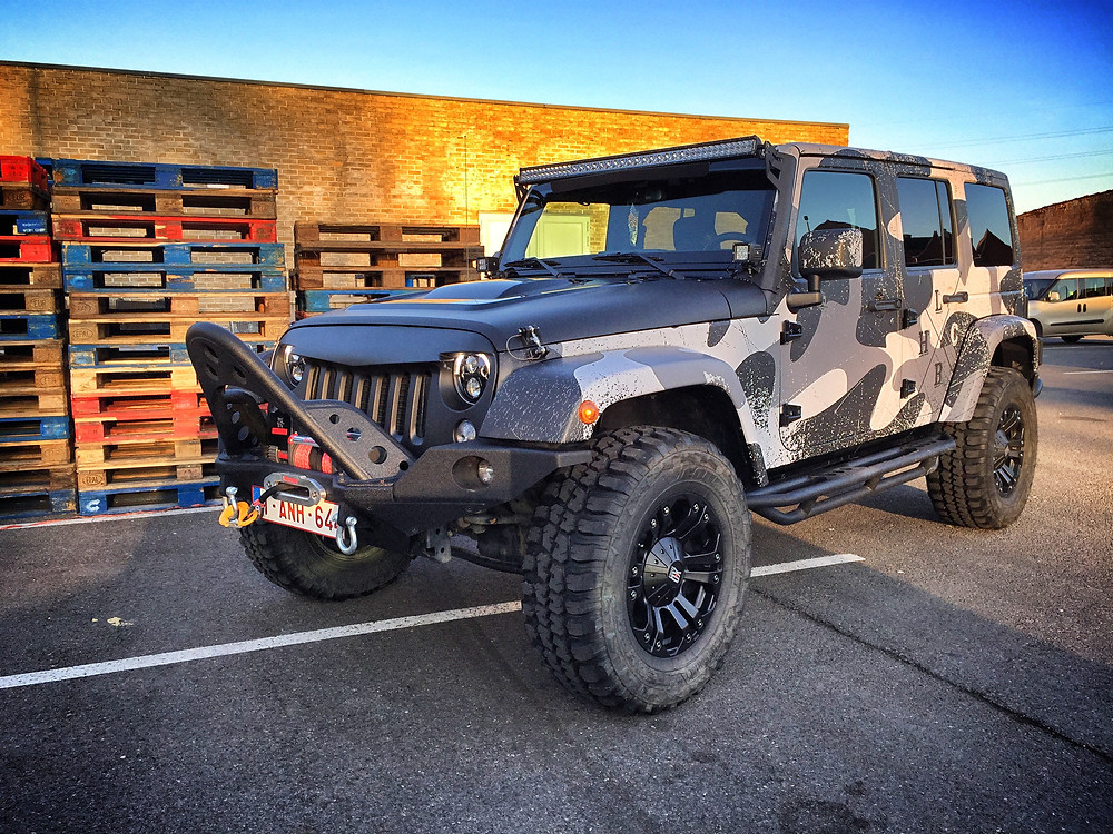 Jeep Wrangler Distressed Camo print wrap