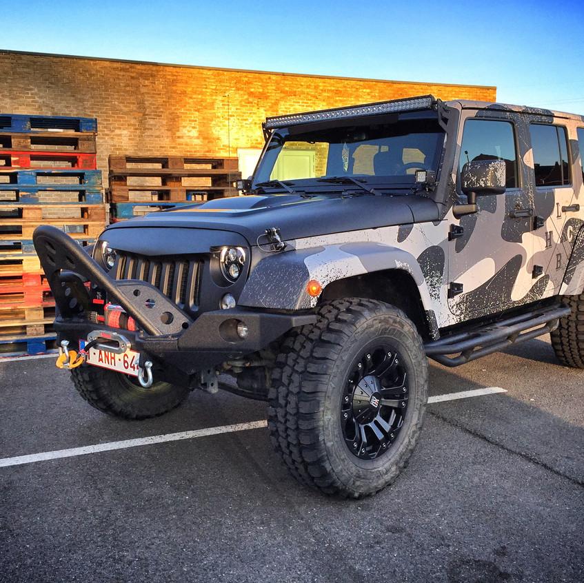 Jeep Wrangler Camo distressed wrap