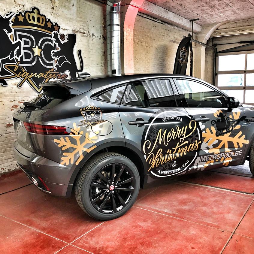 jaguar e-pace christmas carwrap
