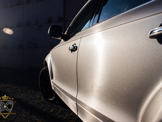 Audi Q7 - Brushed Titanium Wrap