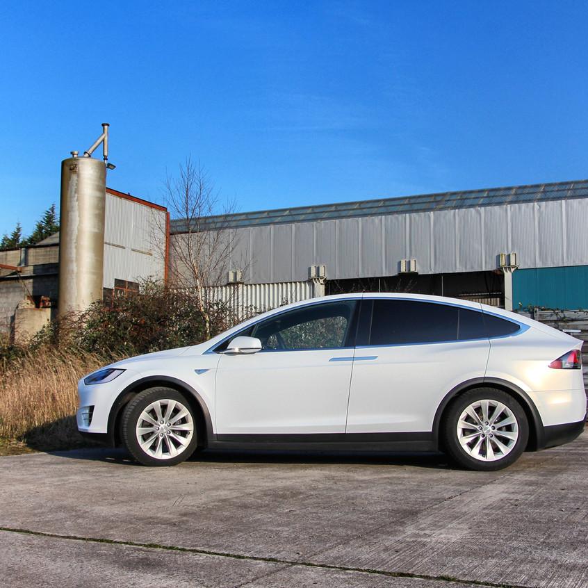Tesla Model X Satin Frozen Vanilla