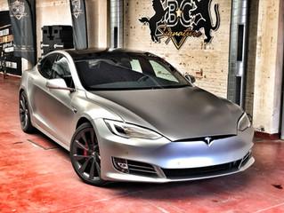 Zo wordt je Tesla S pas een echte blikvanger.