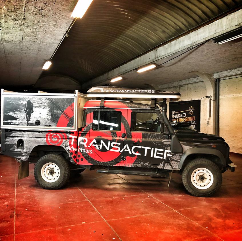 Transactief Defender matte carwrap
