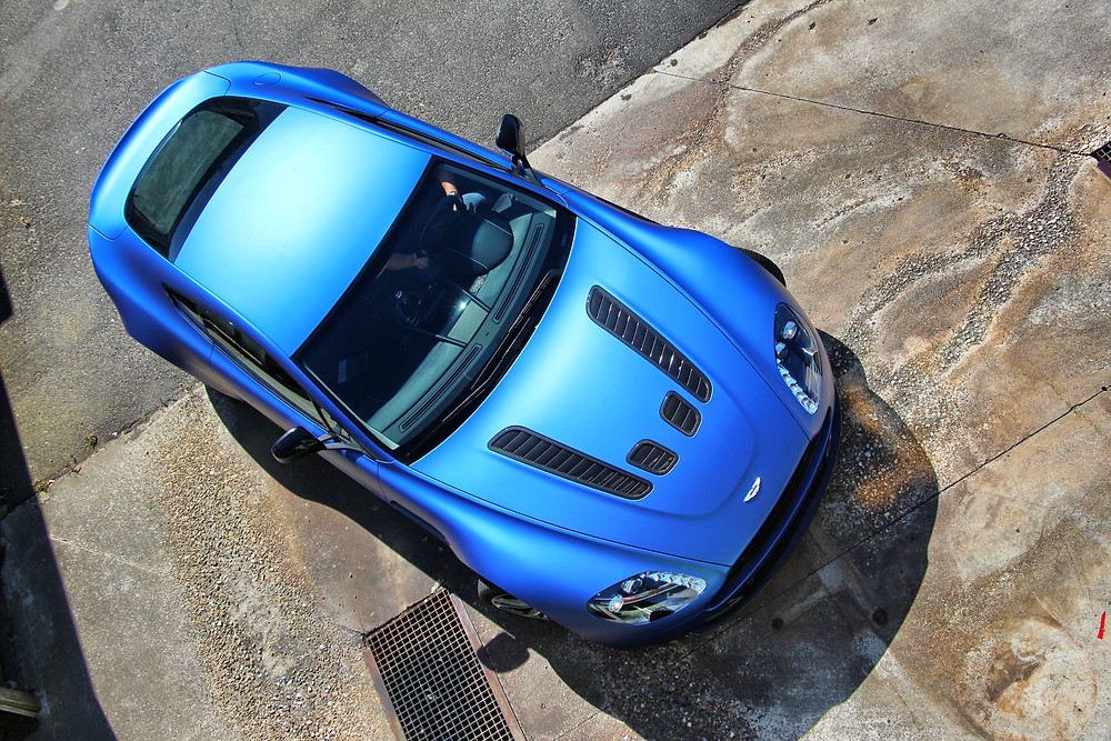 Aston Martin Vantage V12 Matte Blue Carwrap