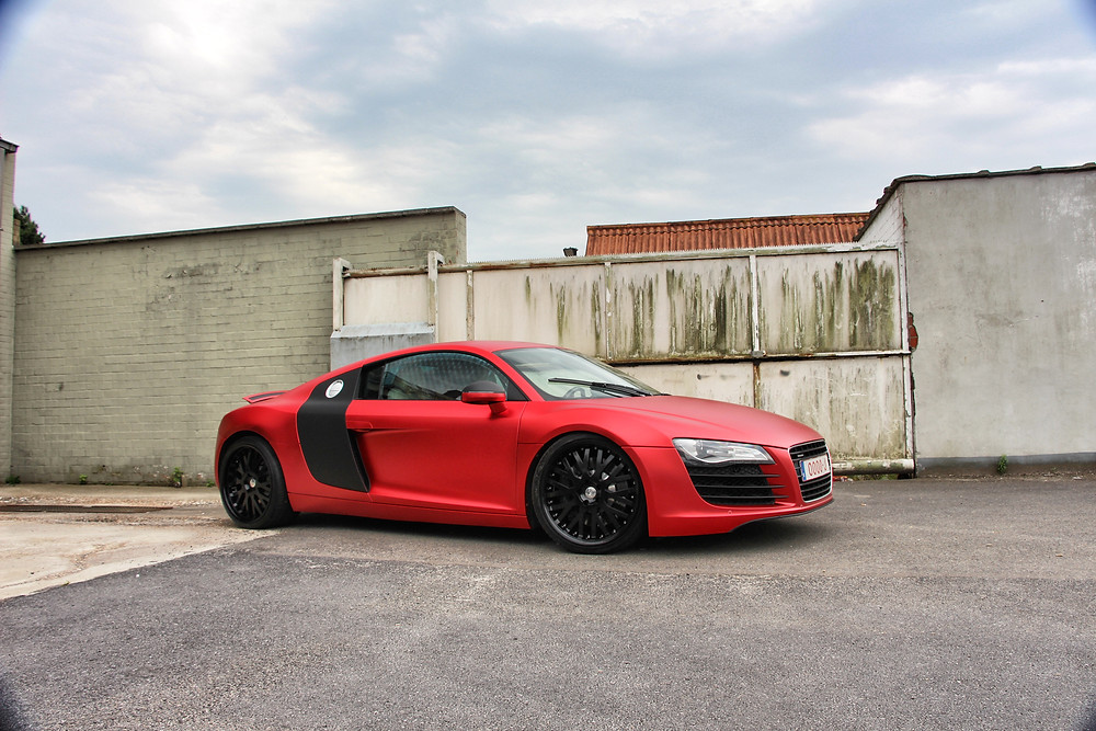 Audi R8 Satin Red Chrome Carwrap