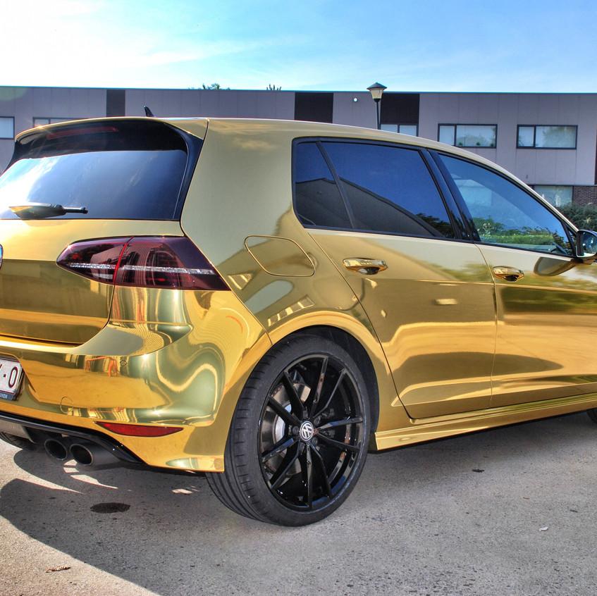 VW Golf R Chrome Gold carwrap