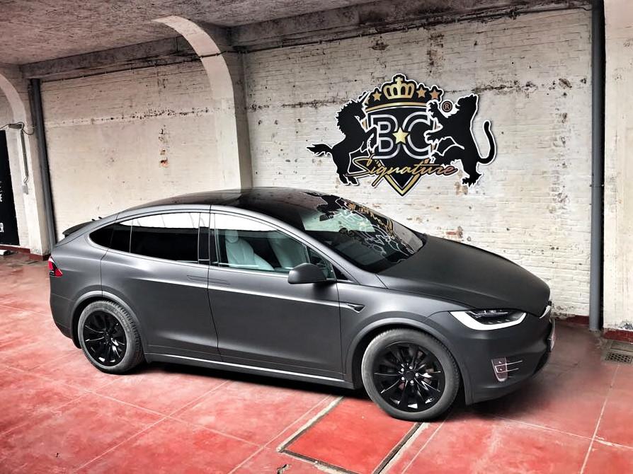 Tesla Model X Matte Black Pack