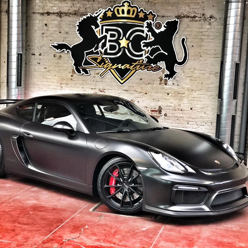 Porsche Cayman GT4 Silky Black wrap